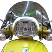 Prima Windshield (Short, Smoked); Vespa SprintS